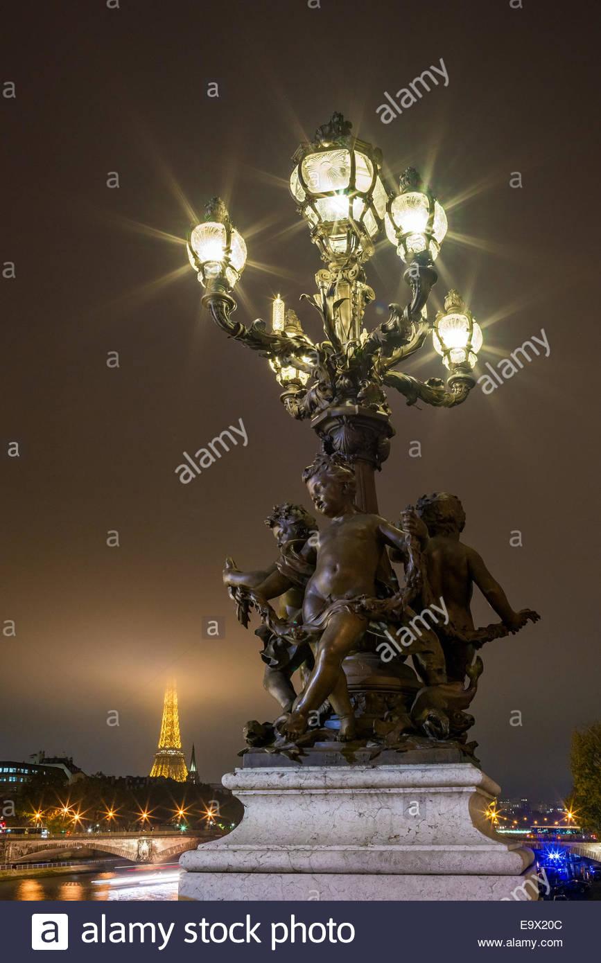 paris-pont-alexandre-iii-E9X20C.jpg