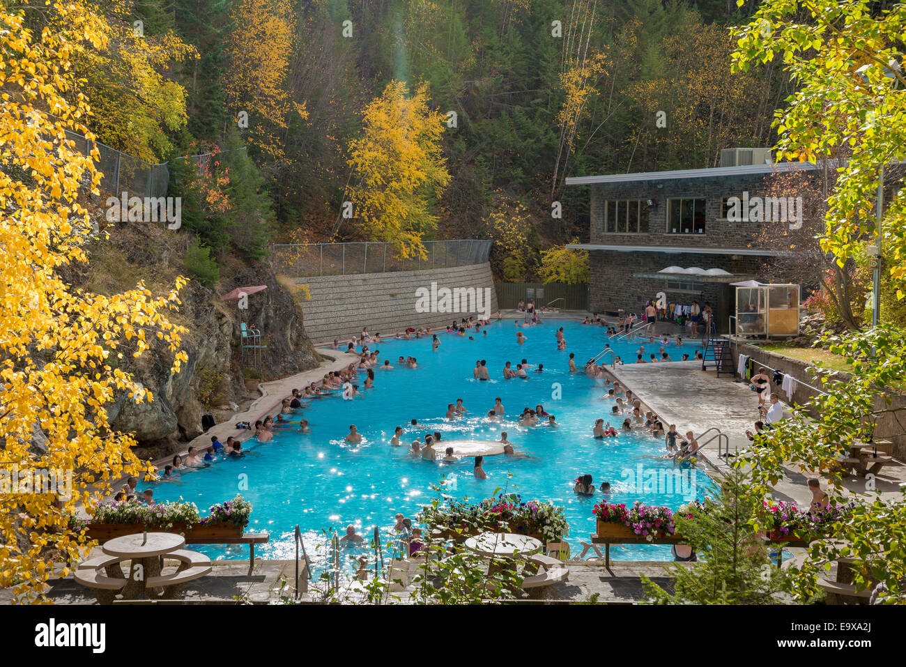 Hot springs swimming pool radium hot springs kootenay national hot springs swimming pool radium hot springs kootenay national park british columbia canada sciox Image collections