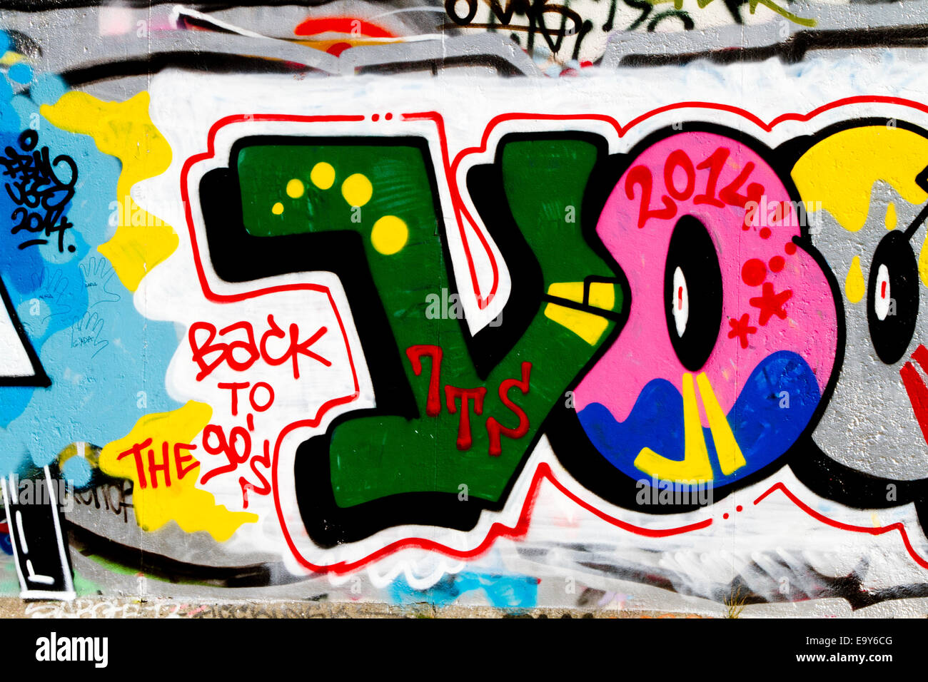 Grafiti wall berlin - Stock Photo Back To The 90s Berlin Wall Graffiti Urban Colour