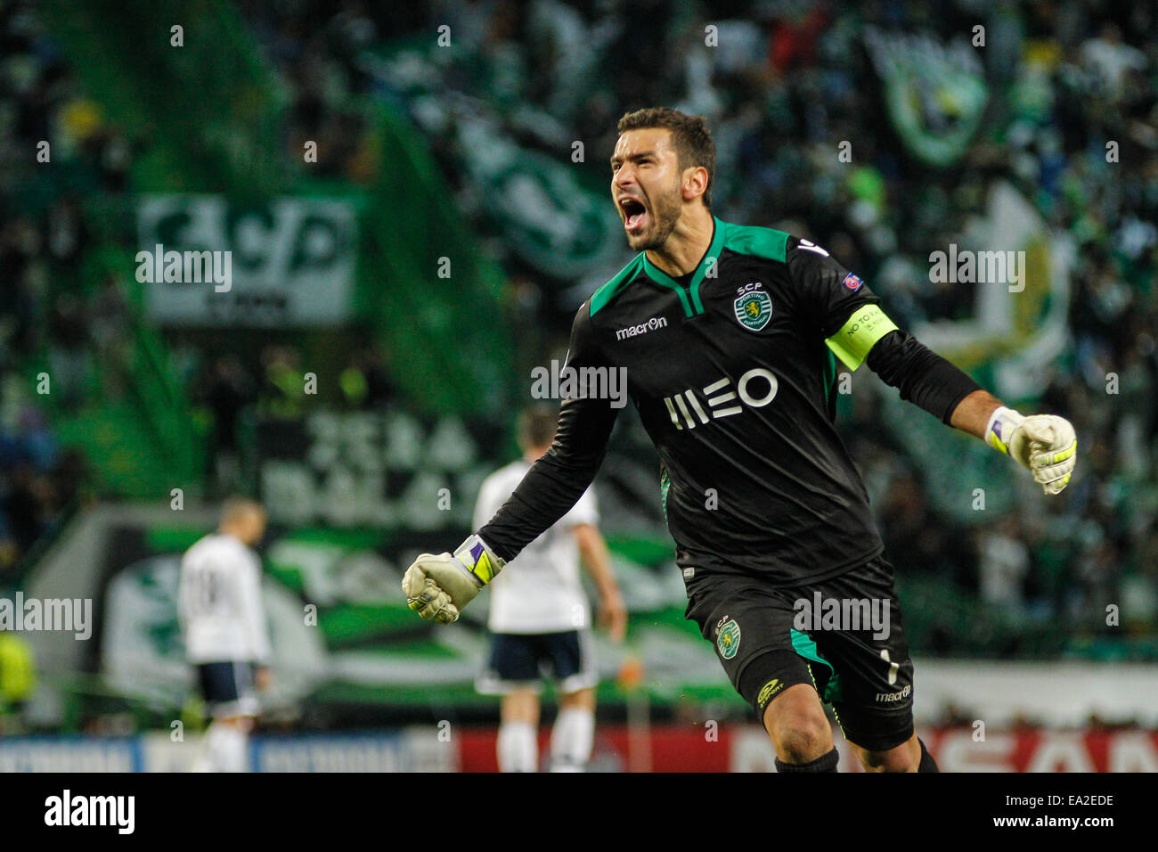 Sporting goalkeeper Rui Patrcio 1 reacts after Sporting scoring