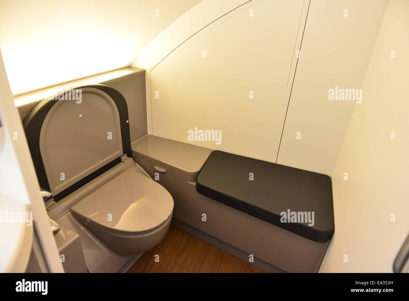 A British Airways toilet in the front of the upper deck on an Airbus A 380