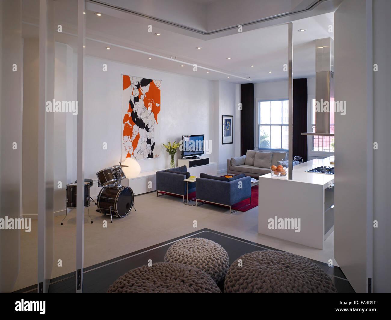 Studio Apartment Los Angeles open plan studio apartment on broadway, hollywood, los angeles
