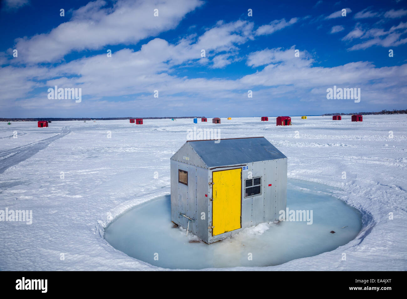Lake Simcoe Ice Fishing Images