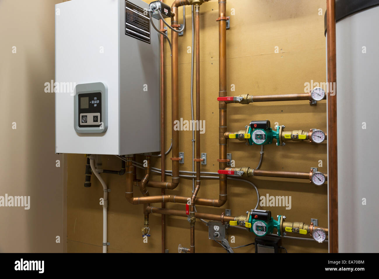 Hot water heating system in custom built luxury estate for The best heating system for home
