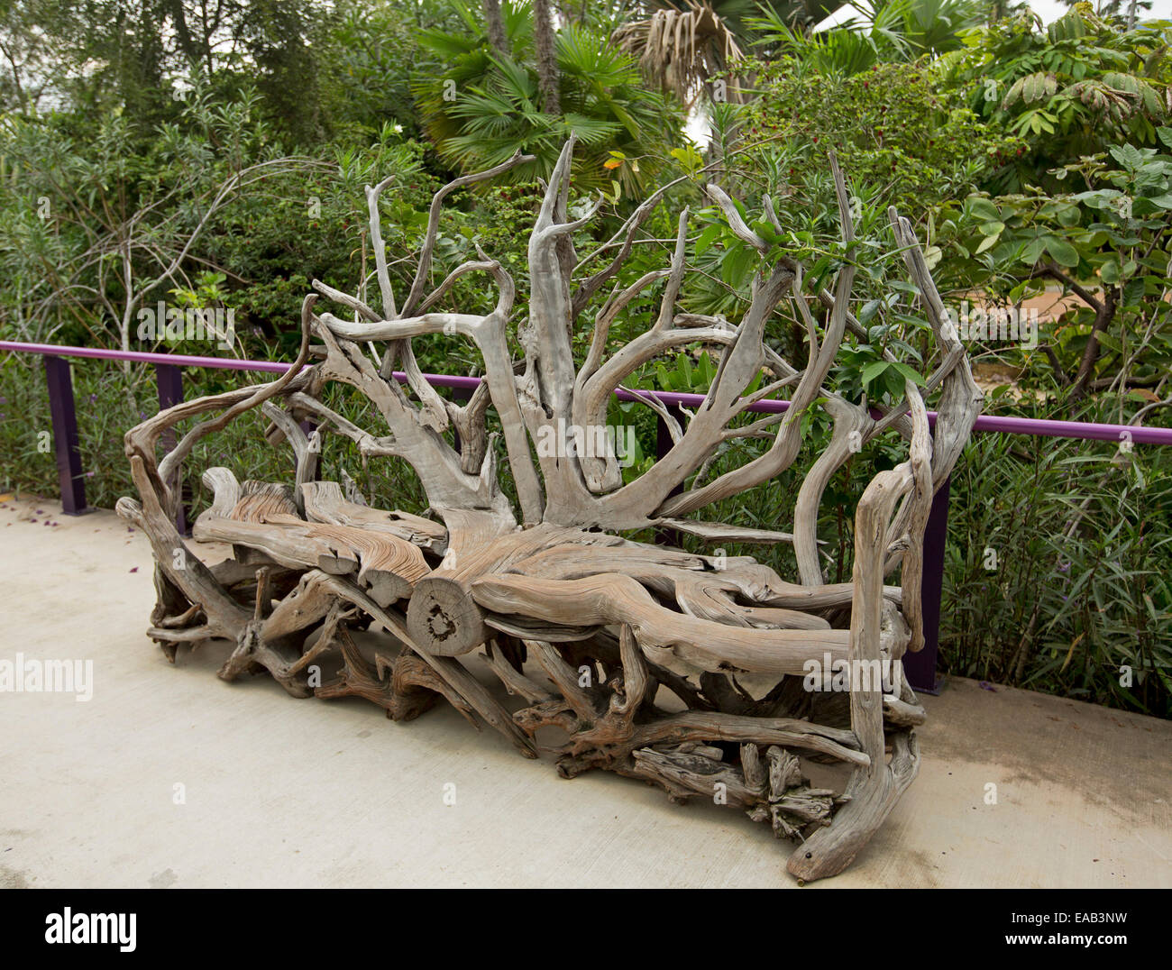 Unique Amp Artistic Wooden Garden Bench Created From Huge
