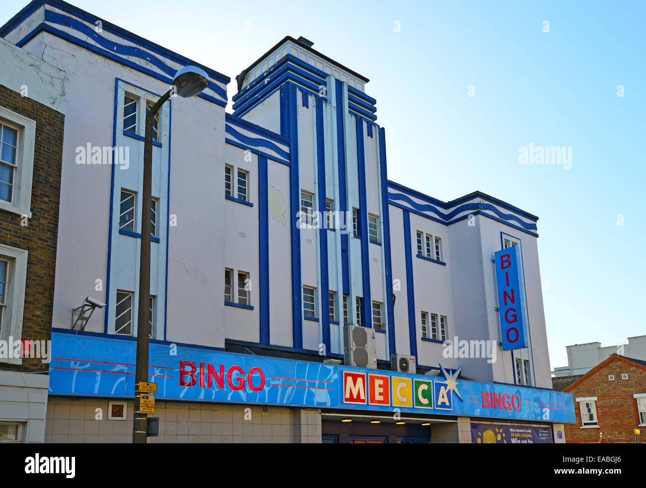 Art Deco Facade Of Mecca Bingo Hall King Street Watford