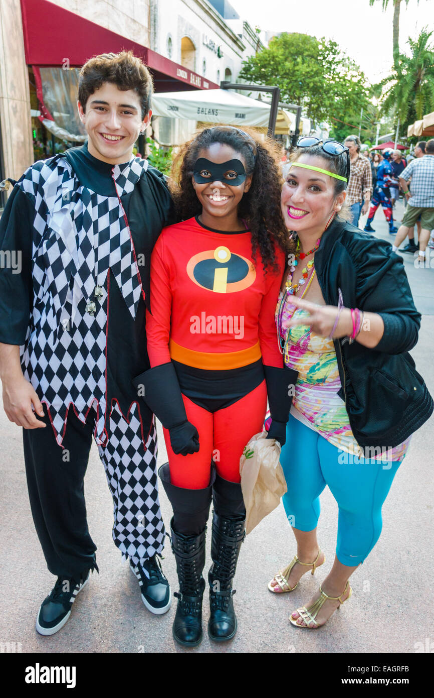 miami beach florida lincoln road pedestrian mall halloween costume wearing outfit character teen boy girl incredibles - Halloween Costumes For Boy And Girl