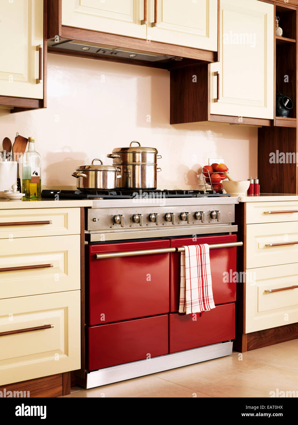 Contemporary Kitchen Units Red Range Oven In Contemporary Kitchen With Fitted Units Stock