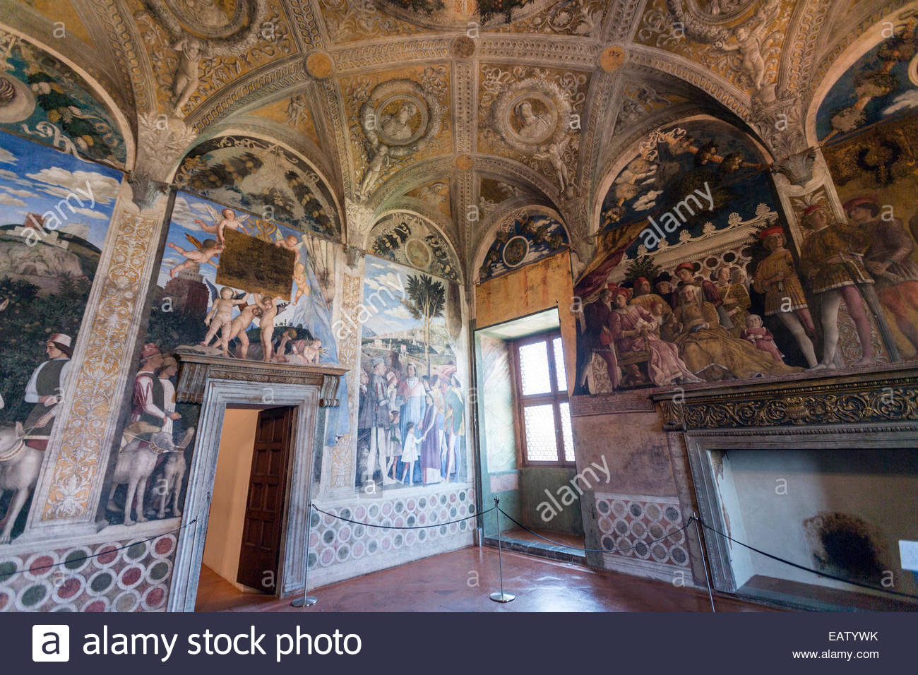 Camera degli sposi ducal palace with frescoes executed for Degli sposi