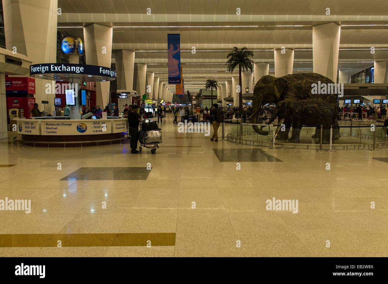 indira gandhi international airport interior view new. Black Bedroom Furniture Sets. Home Design Ideas