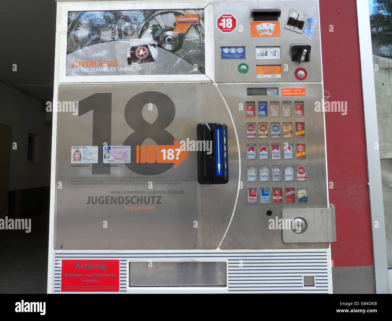 Cigarette Automatic Machine Sale Under 18 Years Old Is Forbidden ...