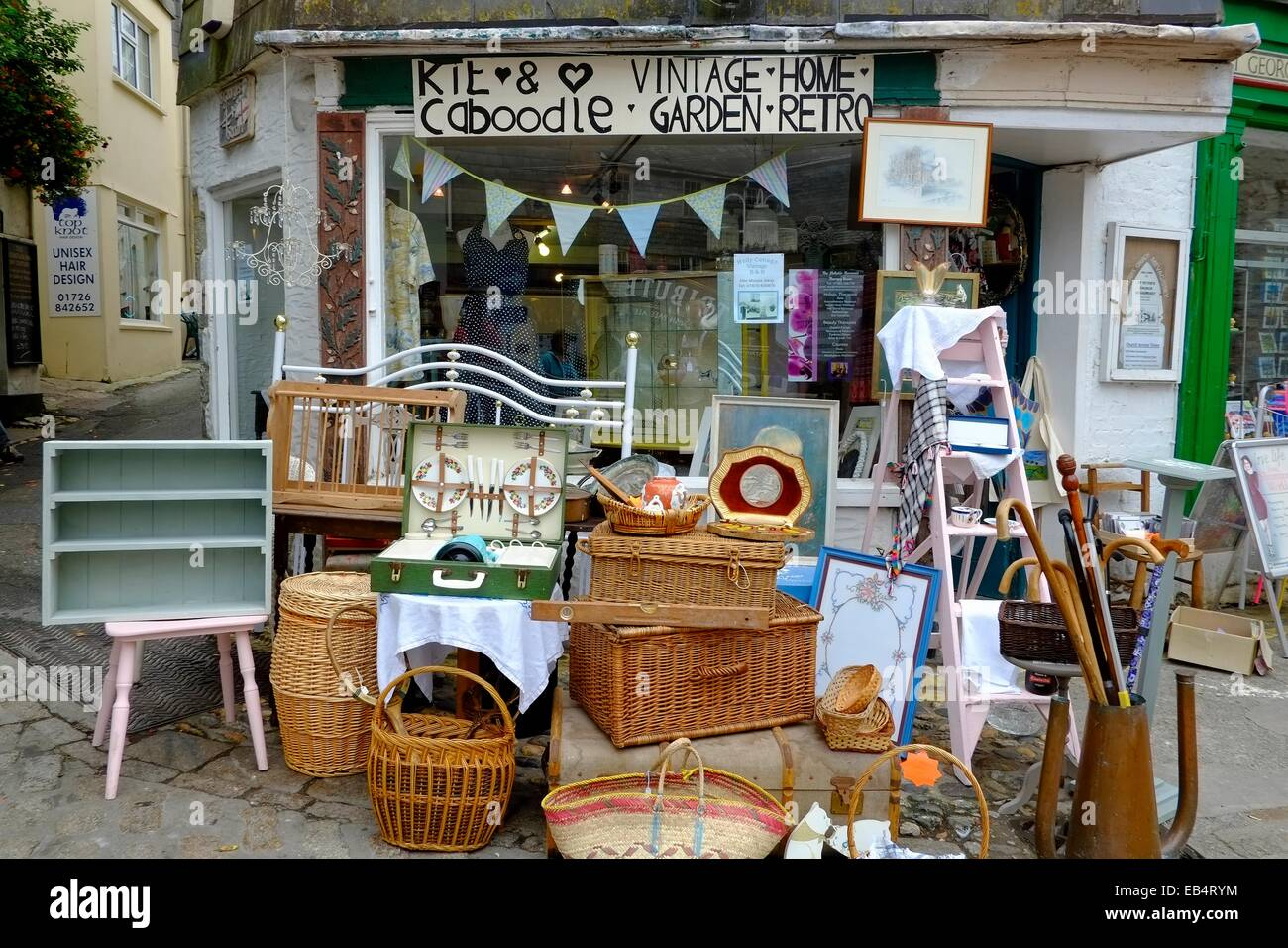 Kit And Caboodle Vintage Home Garden Retro Furniture Shop Stock Photo Royalty Free Image