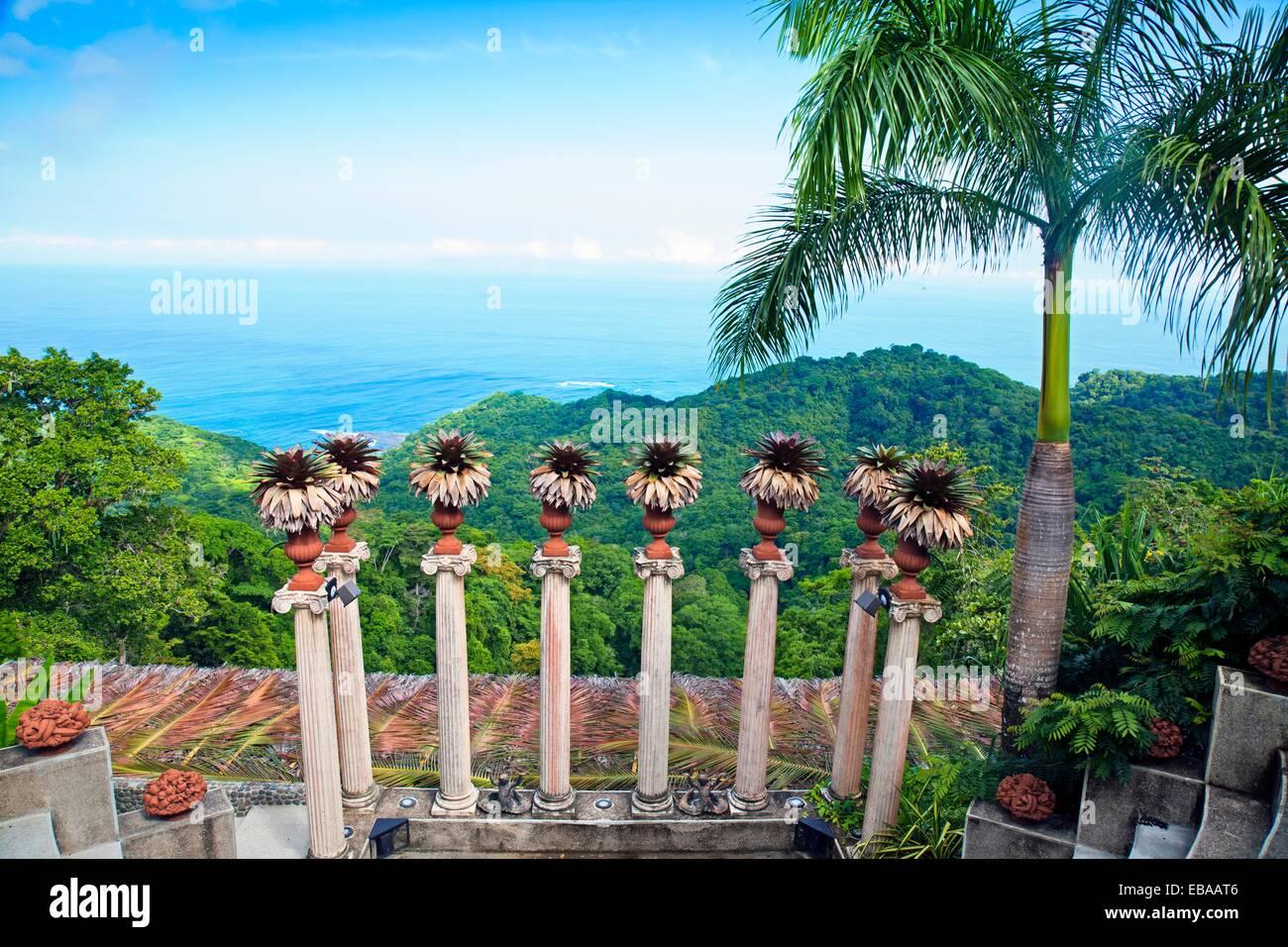 Hotel villa caletas jaco beach costa rica stock photo for Jardin villa austral punta arenas
