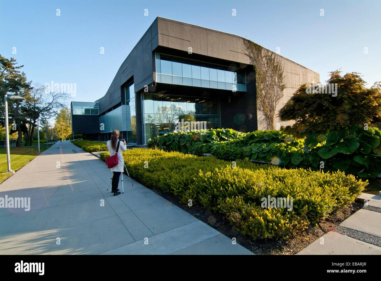 free college in canada Canadian scholarship information for international students  conestoga college institute of technology & advanced learning, scholarships king george.