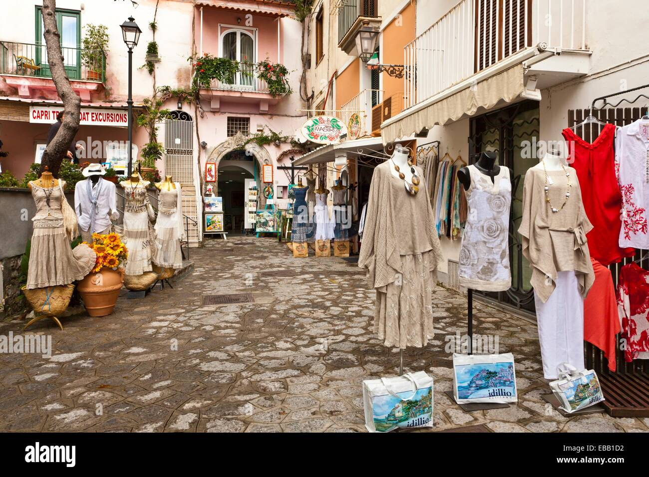 Popular clothing stores in italy