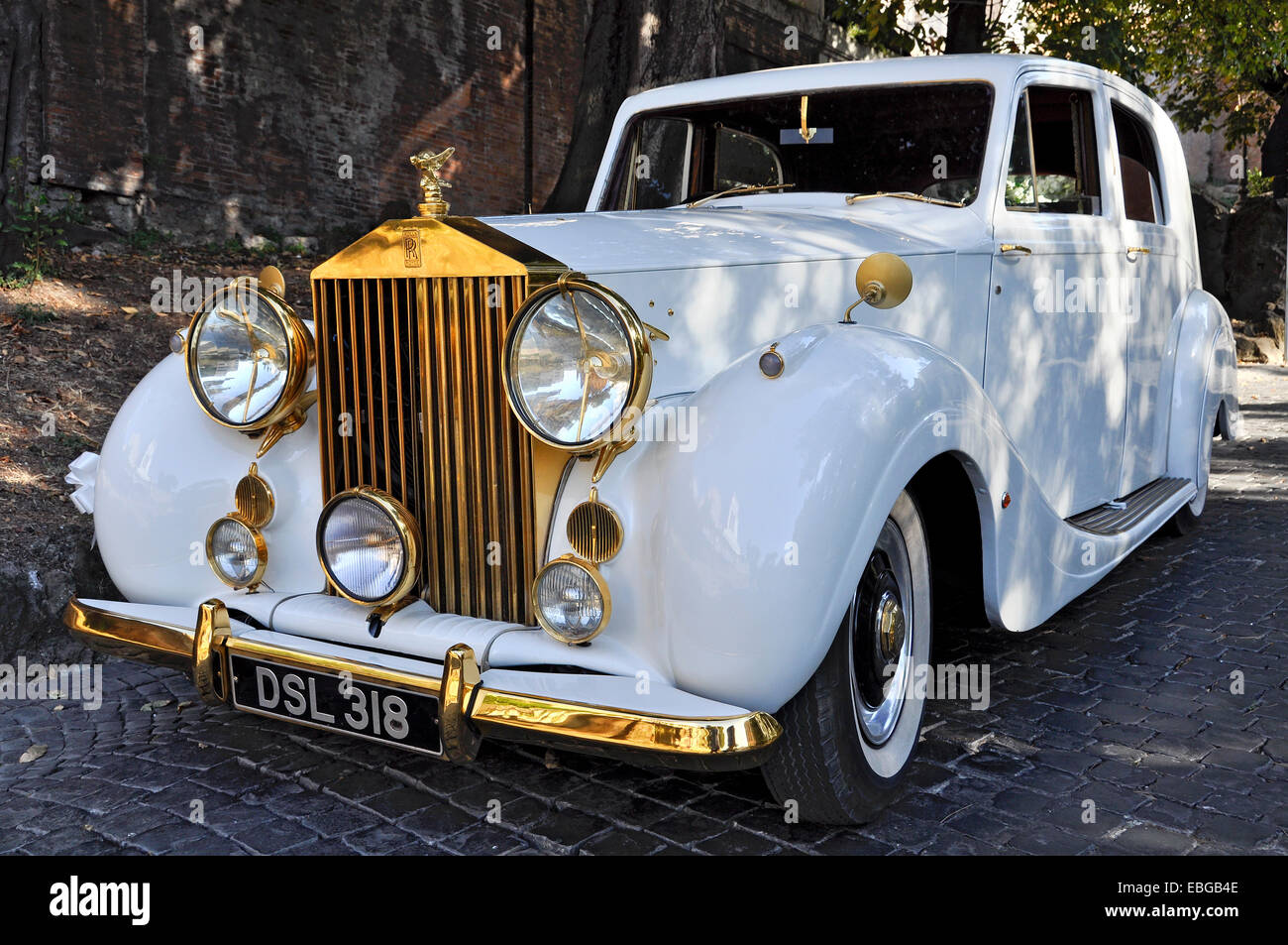 Vintage rolls royce silver wraith pullman limousine built from 1946 partly gilded rome lazio italy