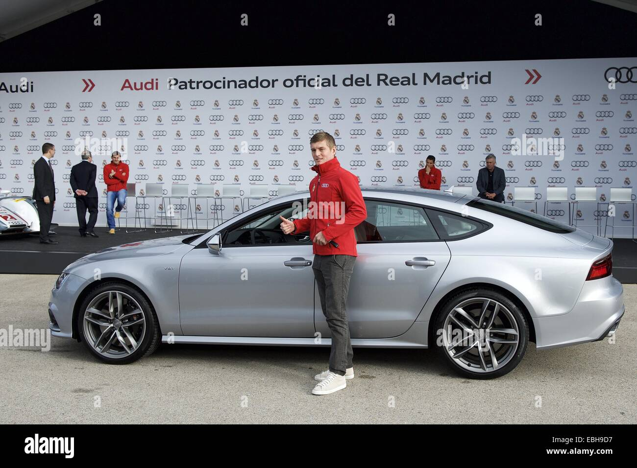 Madrid Spain St Dec Toni Kroos Received The New Audi Car - Audi car jack instructions