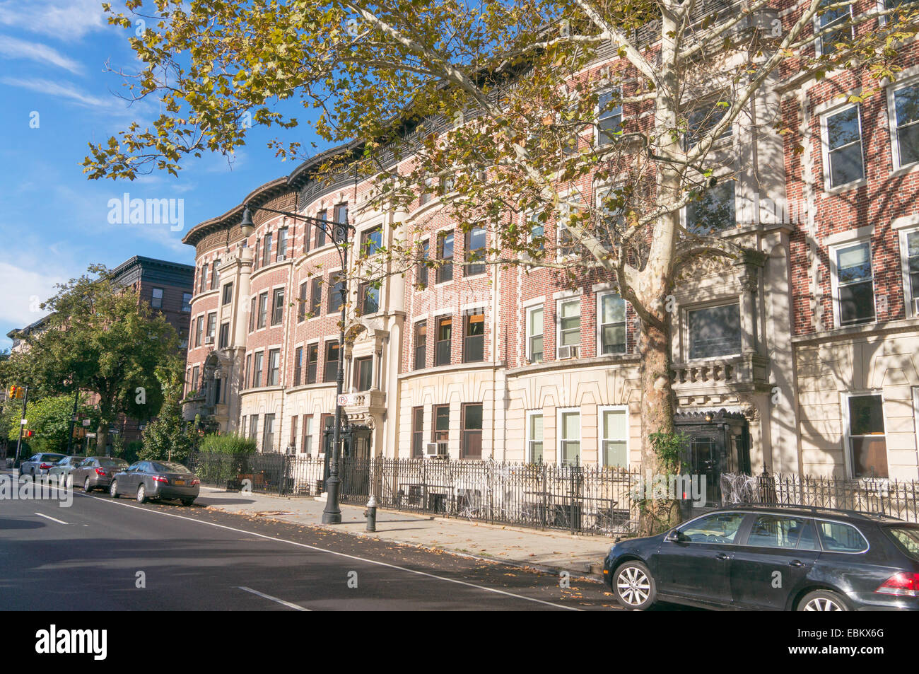 Apartment buildings in the Park Slope area of Brooklyn, NYC, USA ...