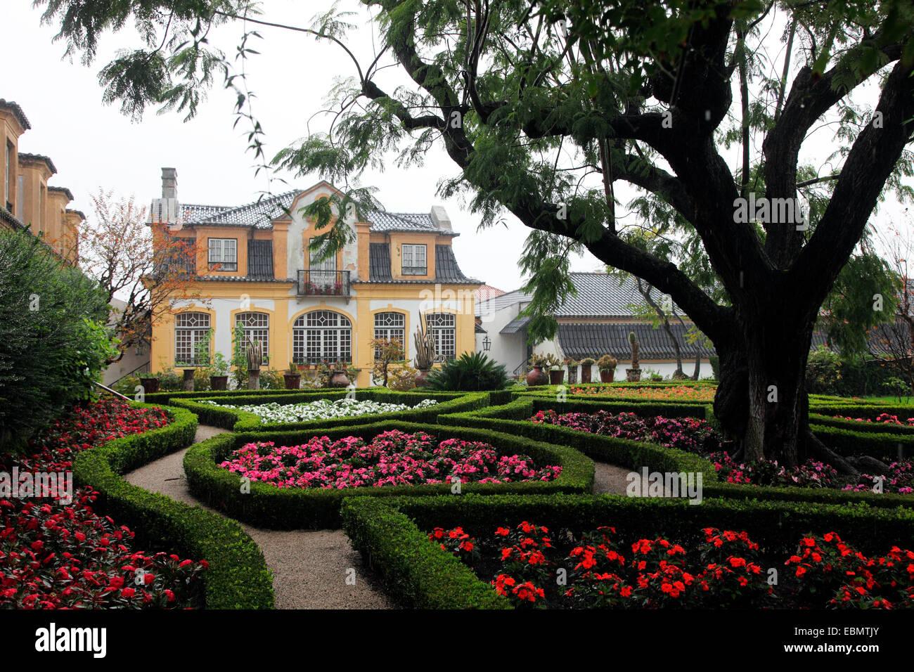 Gardens By Maria: Gardens Of The Jose Maria Da Fonseca Winery In Azeitao