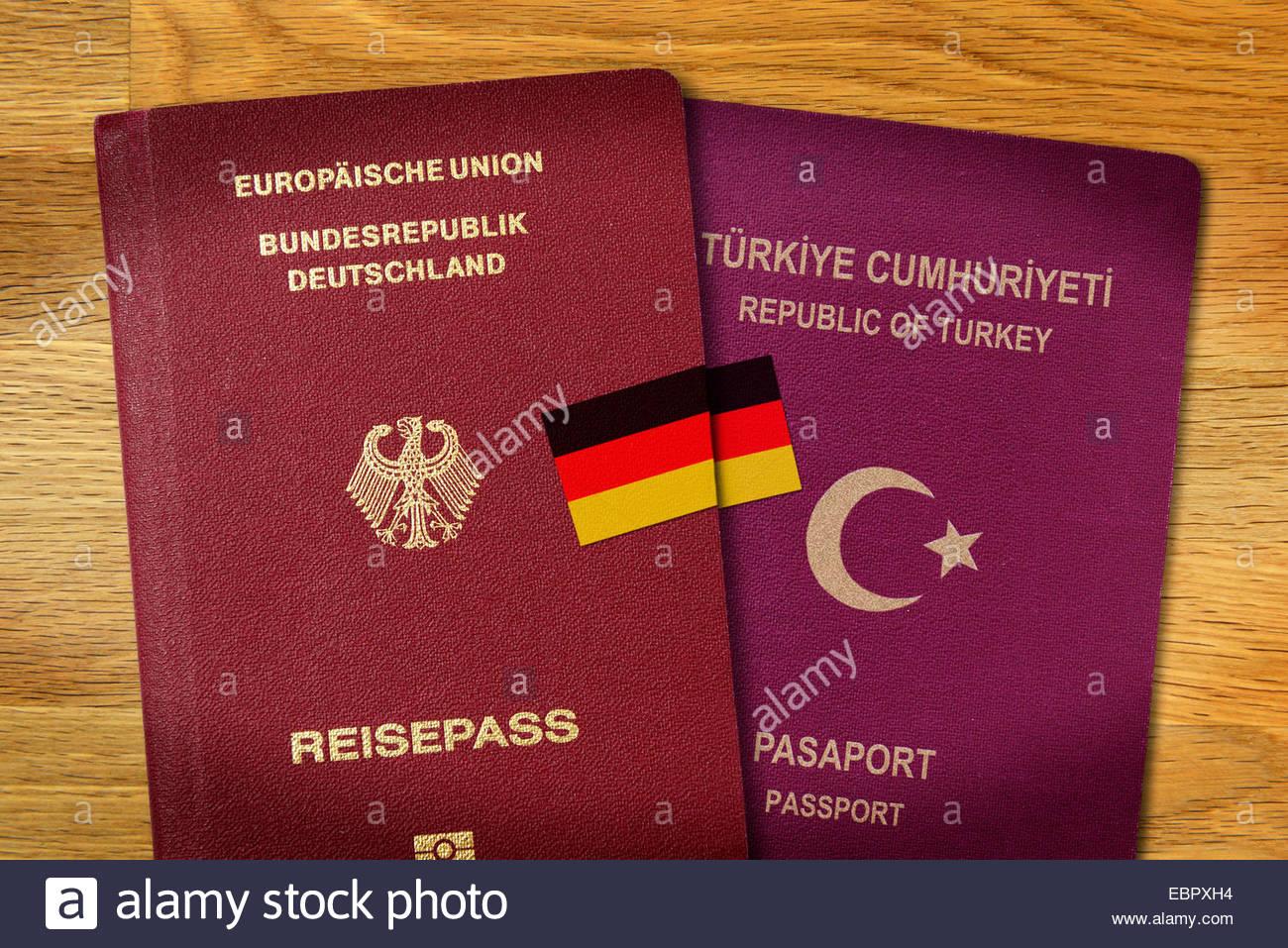 German passport an Turkish passport, dual citizenship