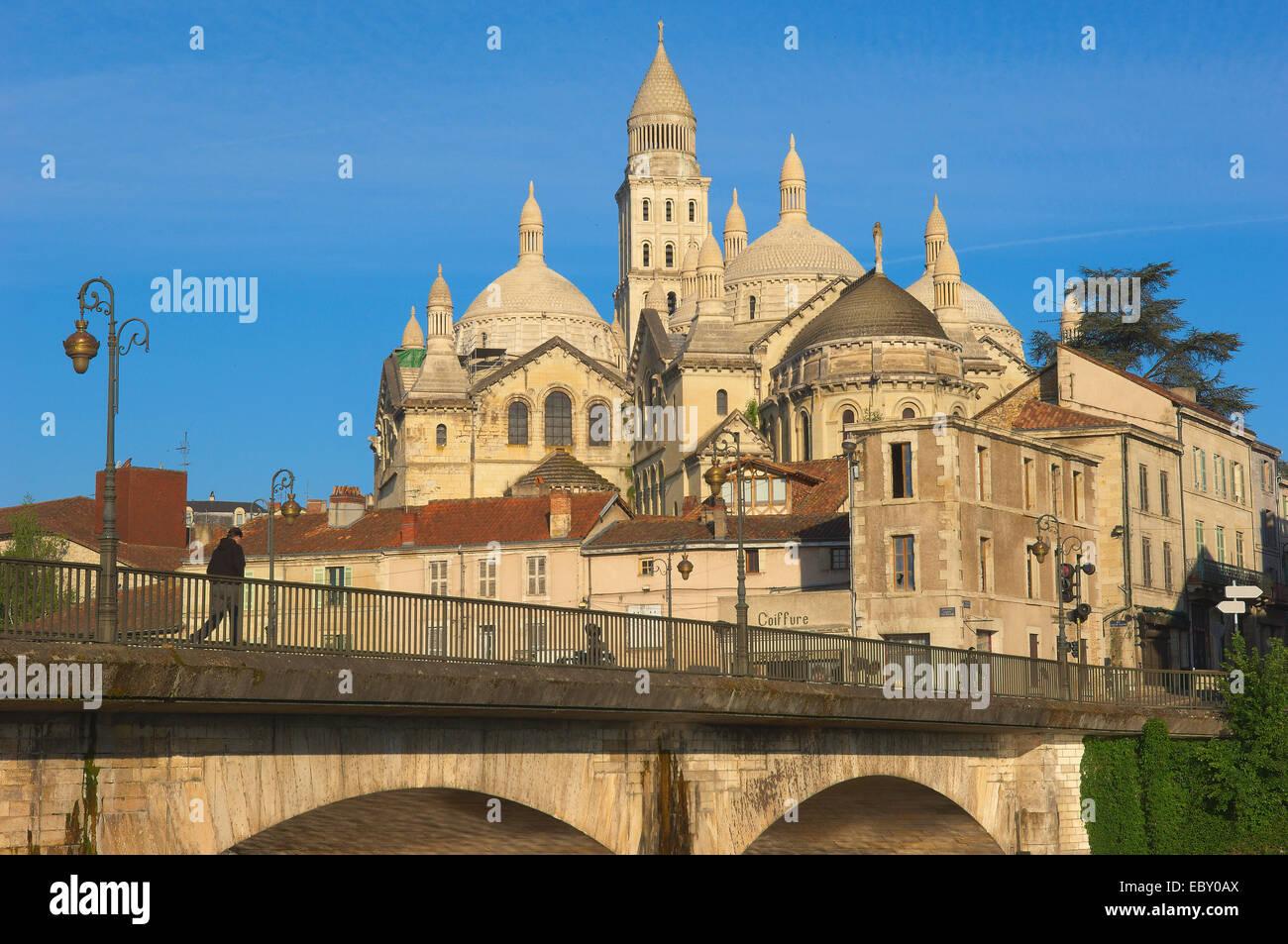 saint front cathedral perigueux perigord blanc dordogne