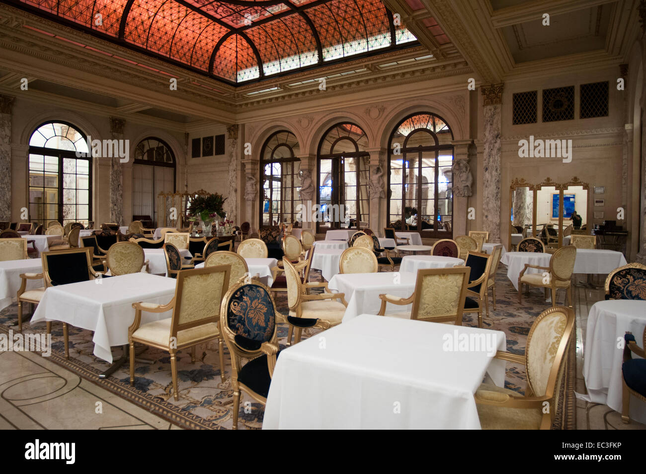 Restaurant in the plaza hotel new york usa the plaza hotel landmark 20 story luxury hotel near grand army plaza central park
