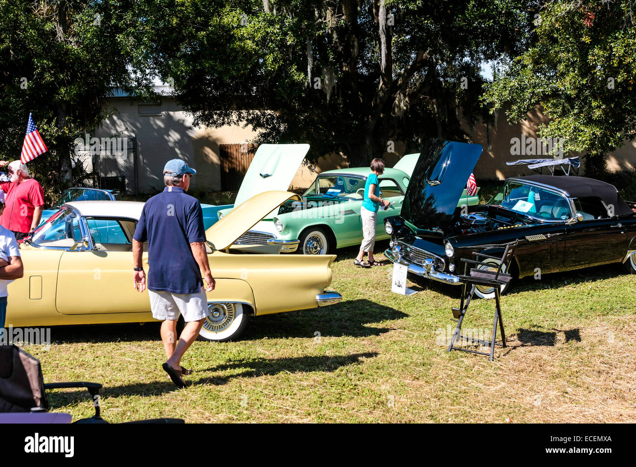 Stock Photo - The 57 Ford Thunderbird car club display the vehicles at a vintage weekend show in Florida & The 57 Ford Thunderbird car club display the vehicles at a vintage ... markmcfarlin.com