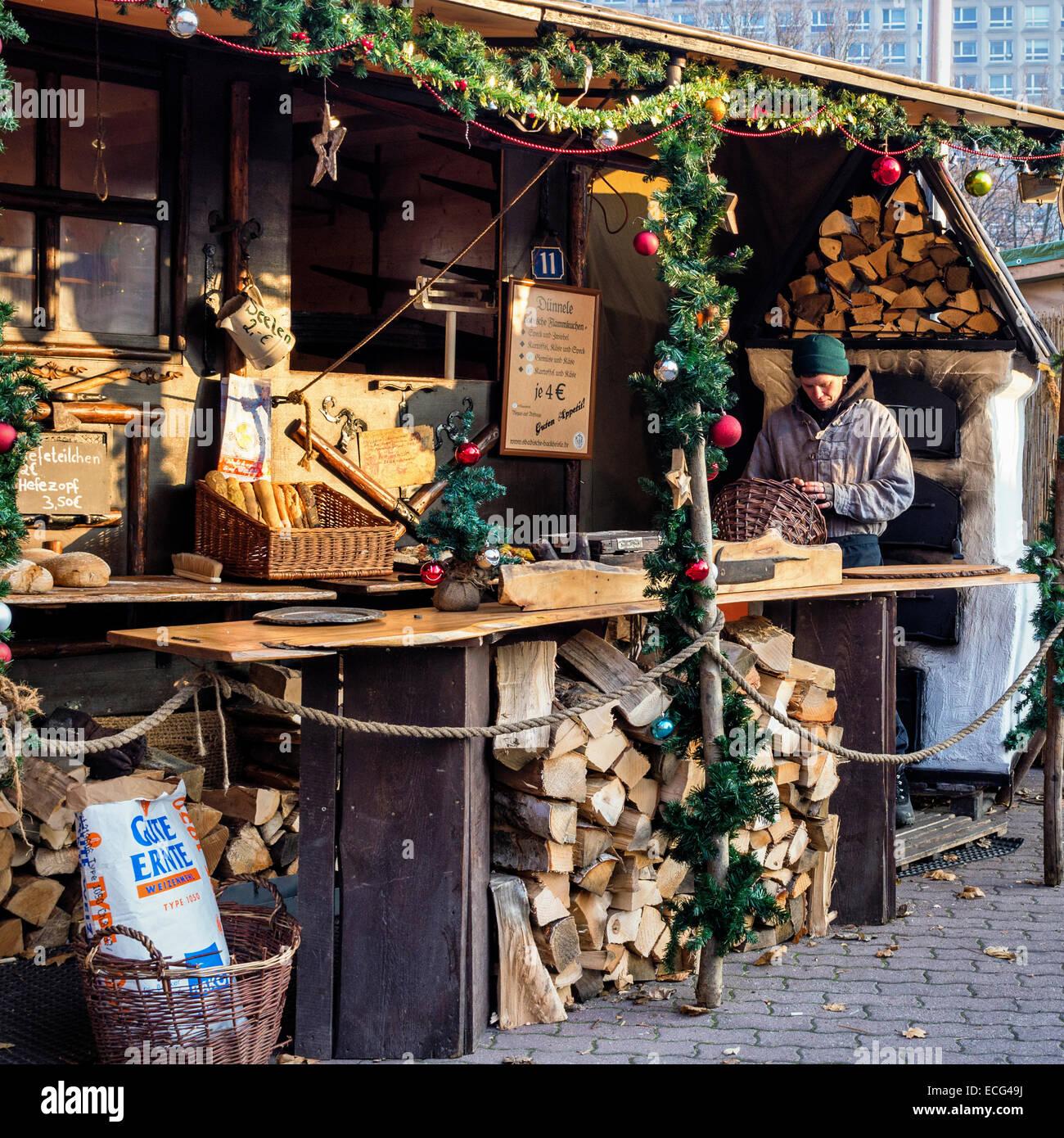 christmas market stall selling bread berliner. Black Bedroom Furniture Sets. Home Design Ideas