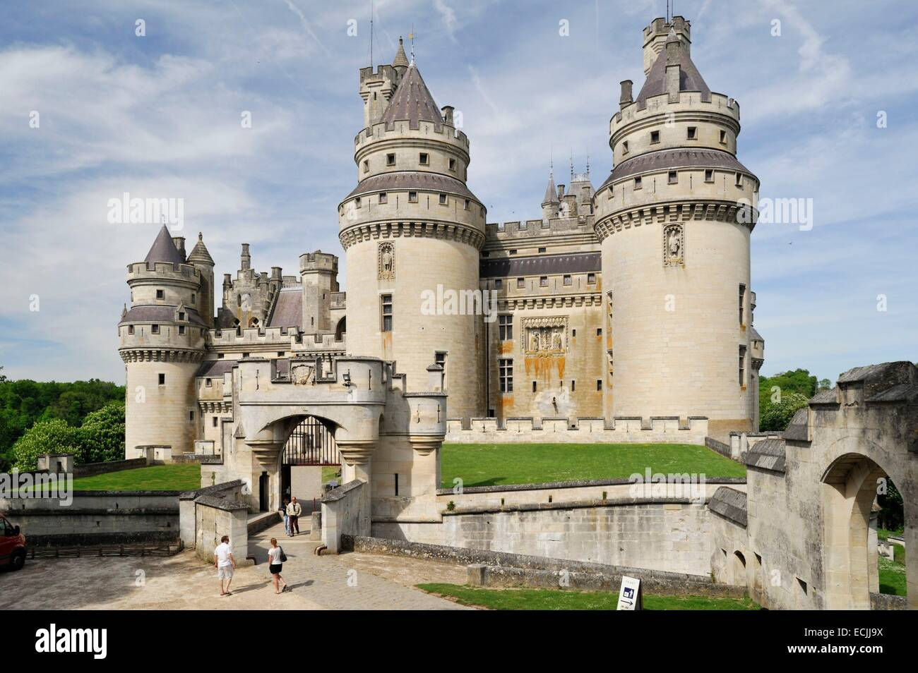 france oise pierrefonds castle built in the 14th century by louis stock photo royalty free. Black Bedroom Furniture Sets. Home Design Ideas