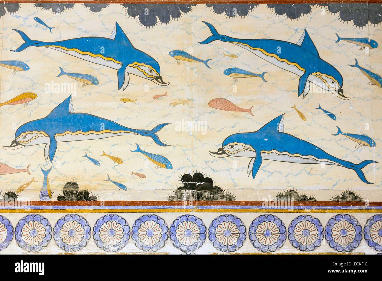 Greece crete archaeological site of knossos for Dolphin mural knossos