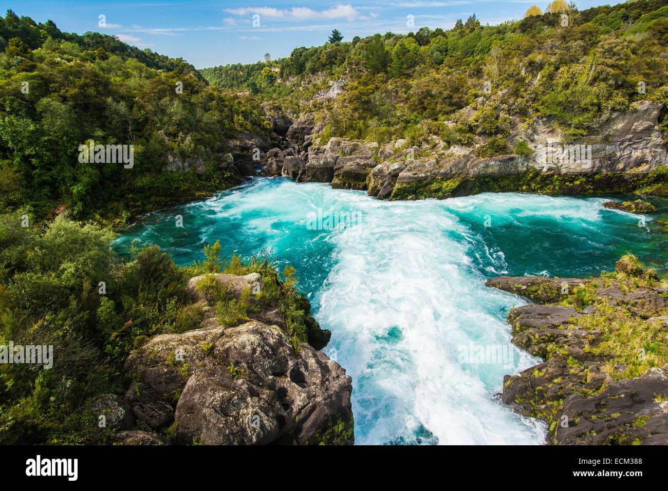 Aratiatia Rapids, Waikato River, N. Island, New Zealand ...