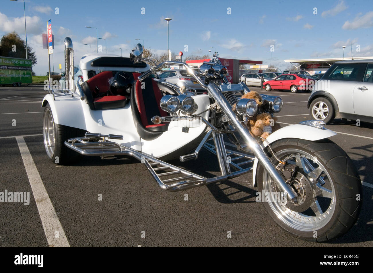 car bike vw volkswagen powered trike engine engines beetle beetles flat four boxer motor motors three wheeler wheeled