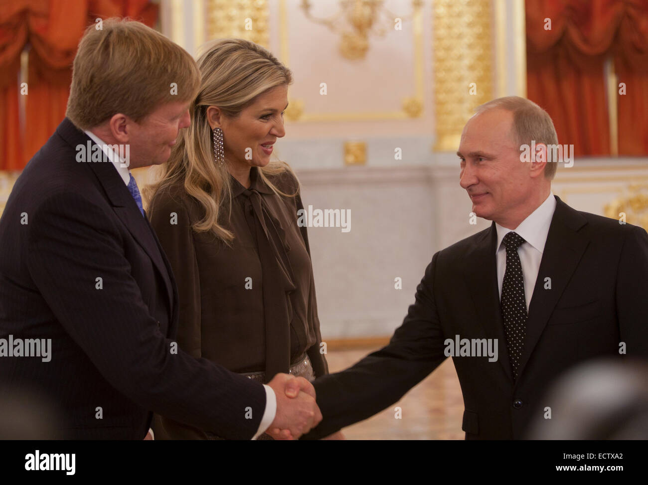 Dutch king willem alexander and his wife queen maxima meet russian dutch king willem alexander and his wife queen maxima meet russian president vladimir putin in the moscow kremlin the visit is the formal end to the kristyandbryce Images