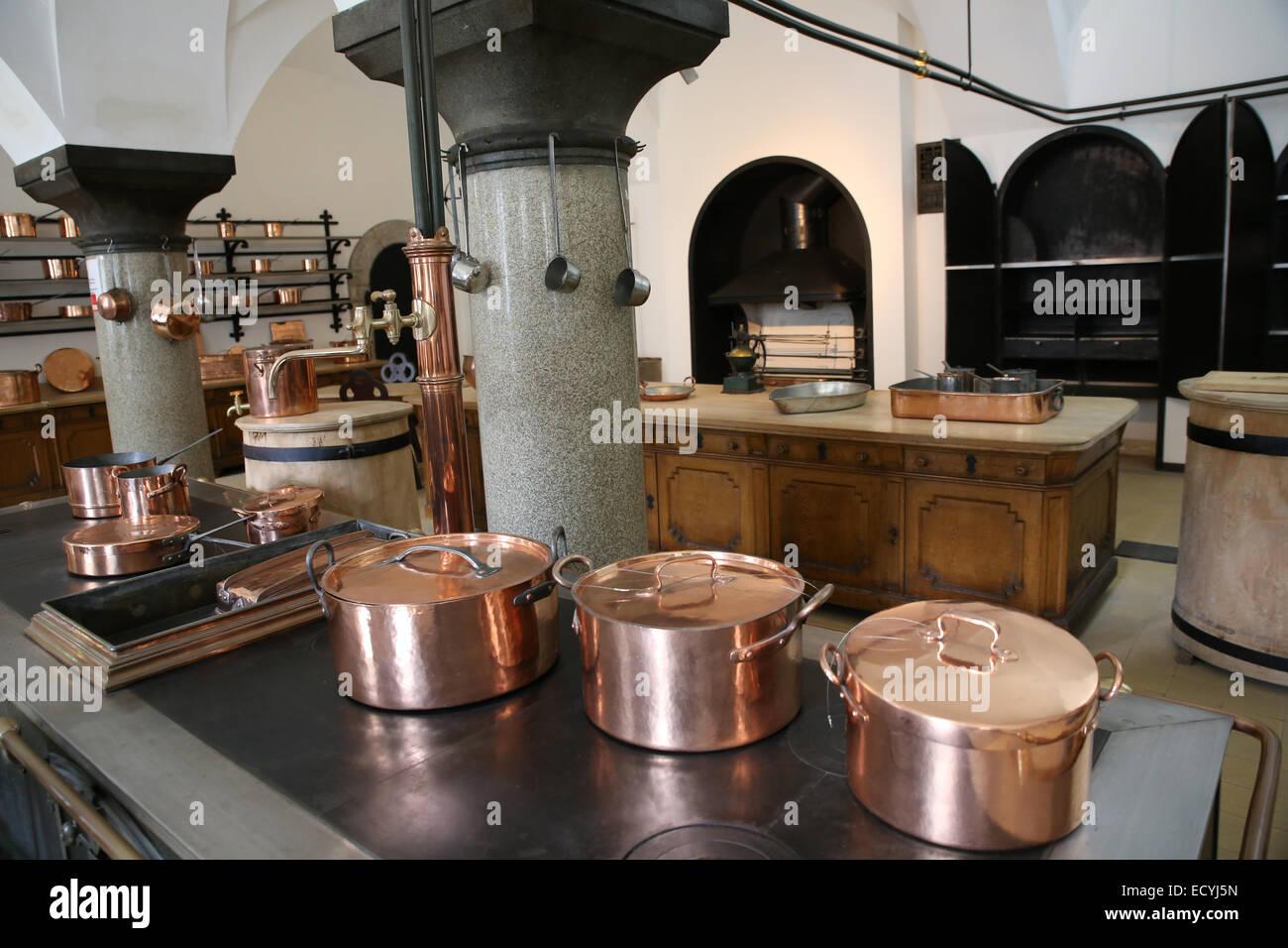 RPG OAB AD <33 Old-19th-century-german-kitchen-display-inside-neuschwanstein-castle-ECYJ5N