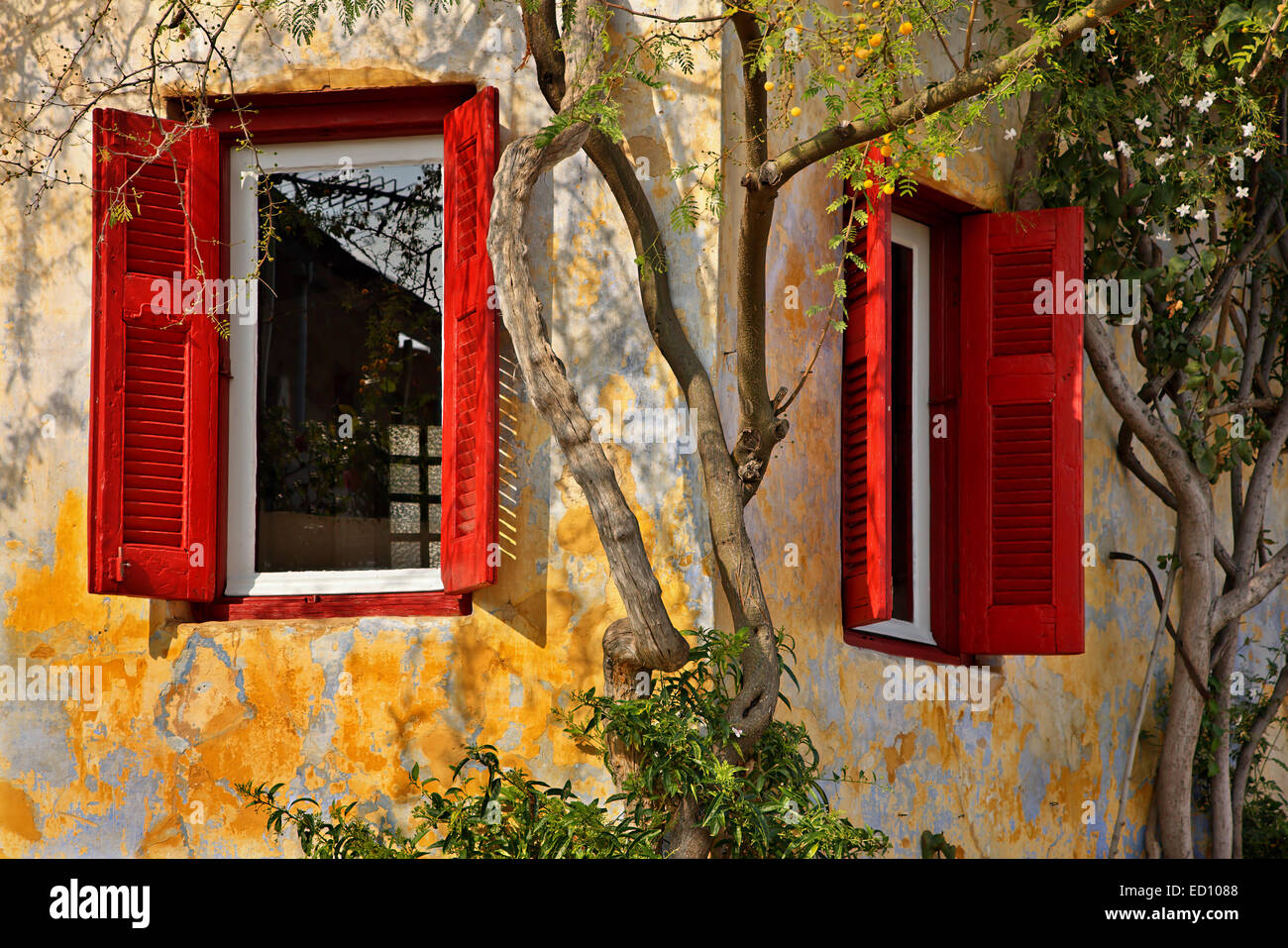 An old house in Anafiotika, the most picturesque ...