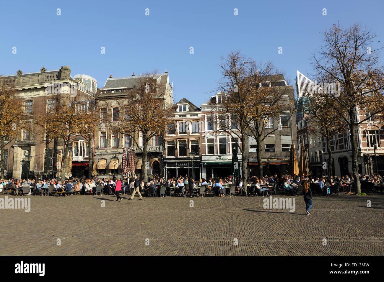Cafes by the plein public square in the hague den haag for Bureau 13 den haag