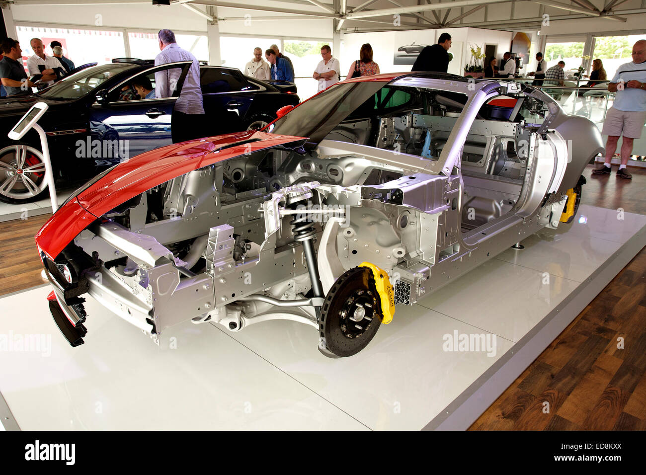 Jaguar f type with cut away body showing the aluminium for Chassis aluminium
