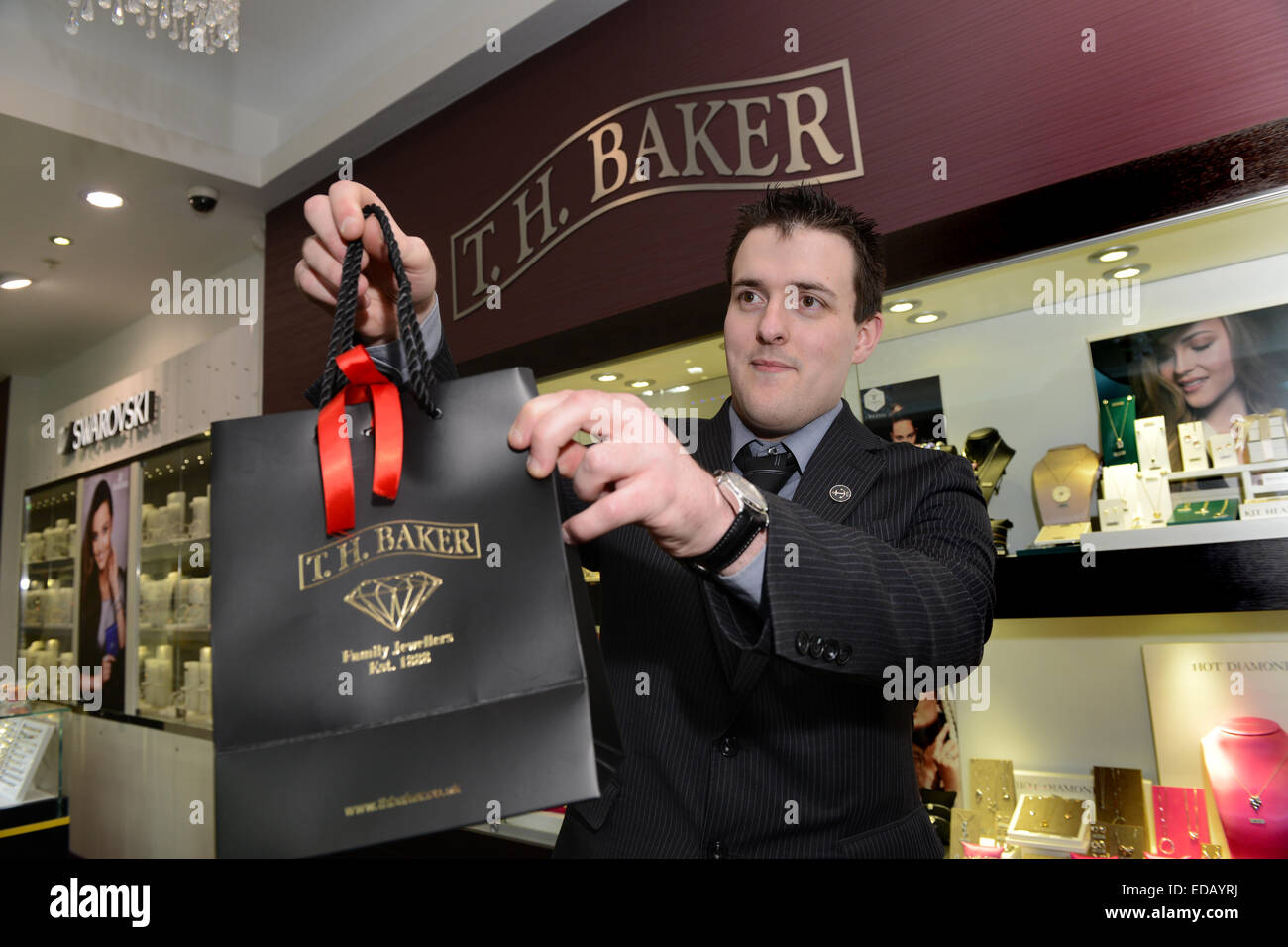 male man shop s assistant at t h baker jewellers jewellery male man shop s assistant at t h baker jewellers jewellery shop uk
