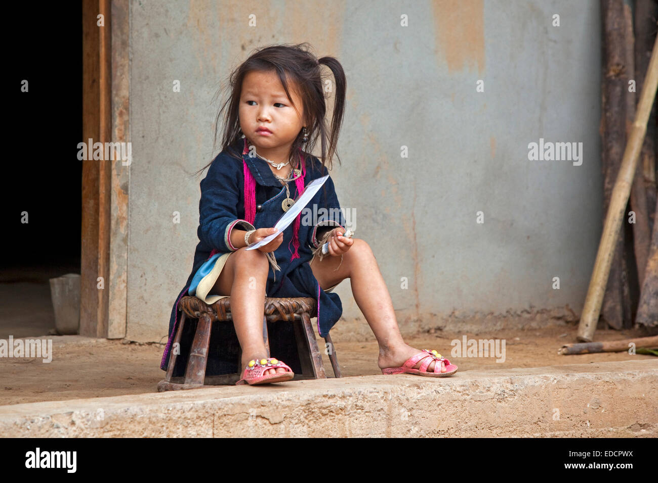 Lao Women Nu 87
