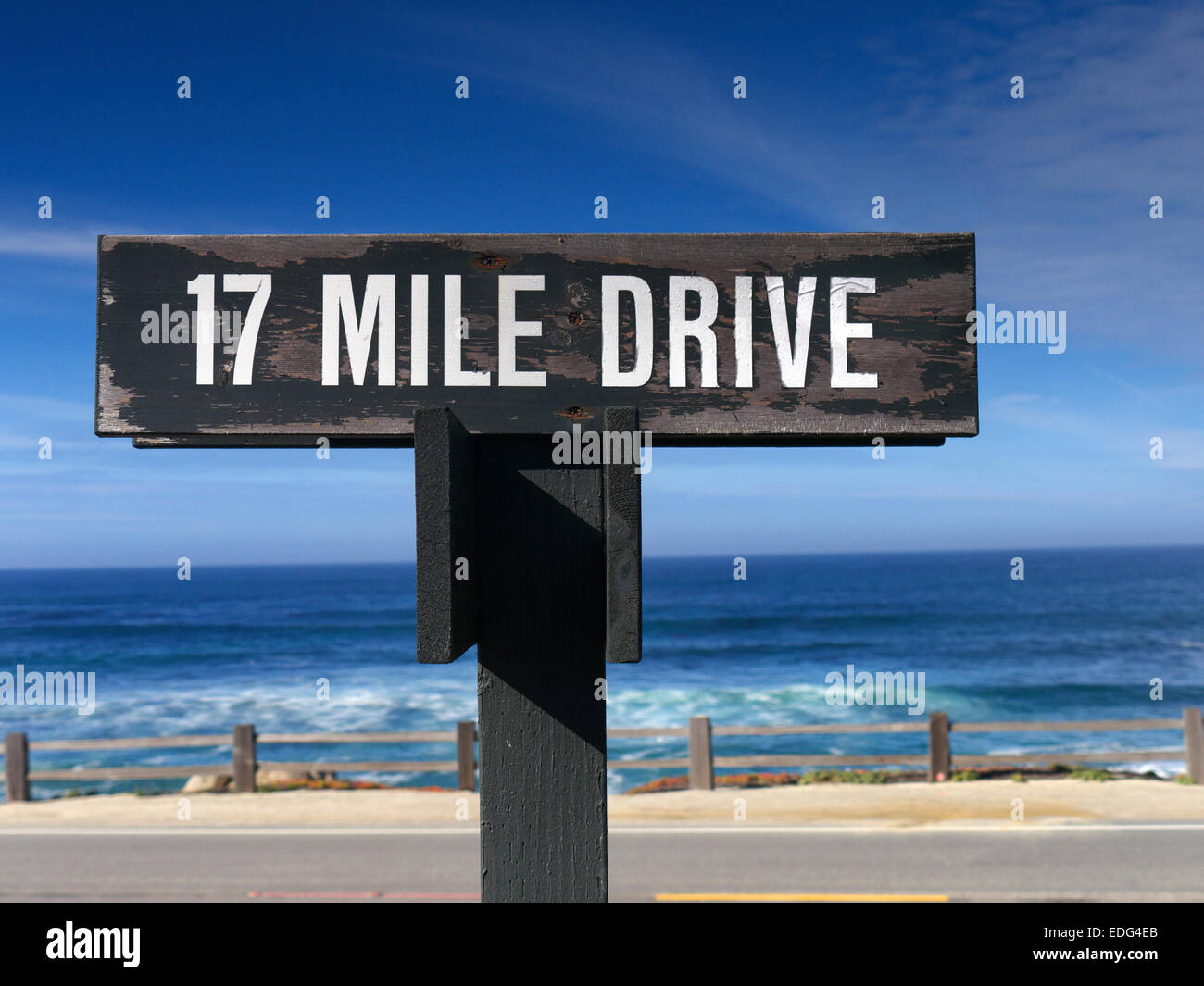 Sign for 17 mile drive a fabulous scenic route through for 17 mile drive celebrity homes