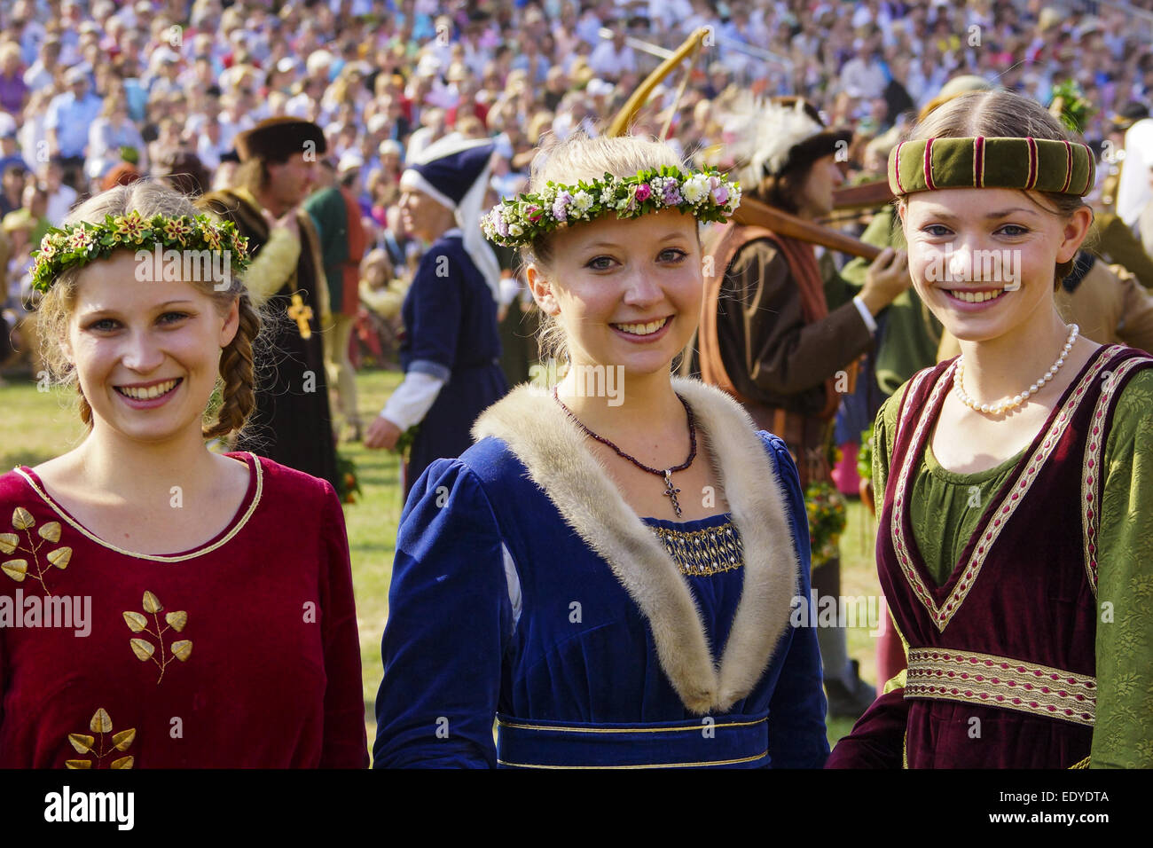 Stock Photo - Mittelalterliche Spiele während der Landshuter Hochzeit ...