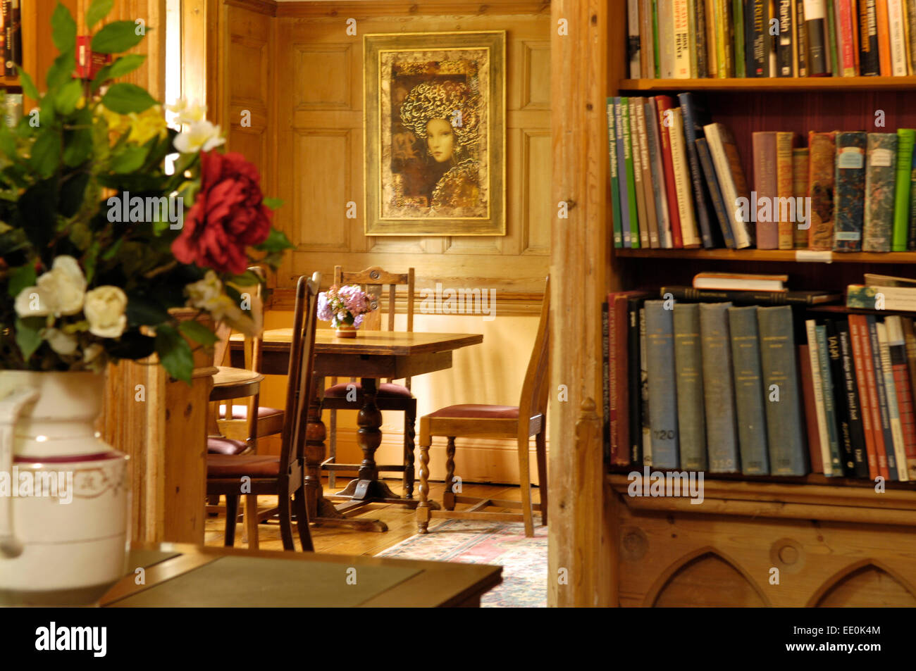 Country houses interior - Country House Interior Library Dining Room Devon Uk Stock Image