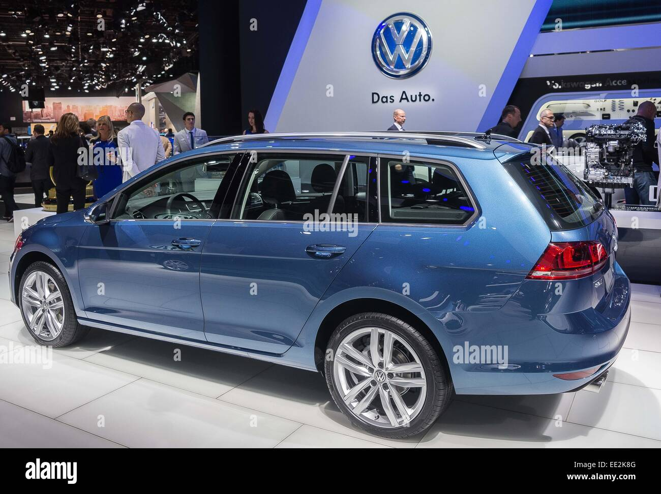 detroit mi usa 12th jan 2015 volkswagen golf sportwagen tdi stock photo royalty free image. Black Bedroom Furniture Sets. Home Design Ideas