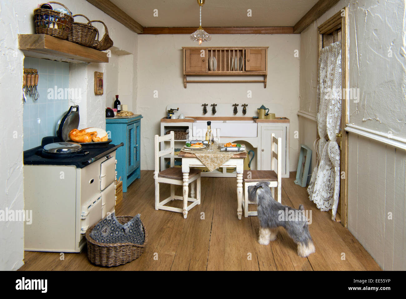 Captivating Dolls House Interiors Pictures - Image design house plan ...