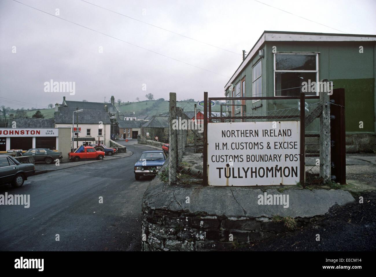 tullyhommon-northern-ireland-november-1985-tullyhommon-hm-customs-EECM14.jpg