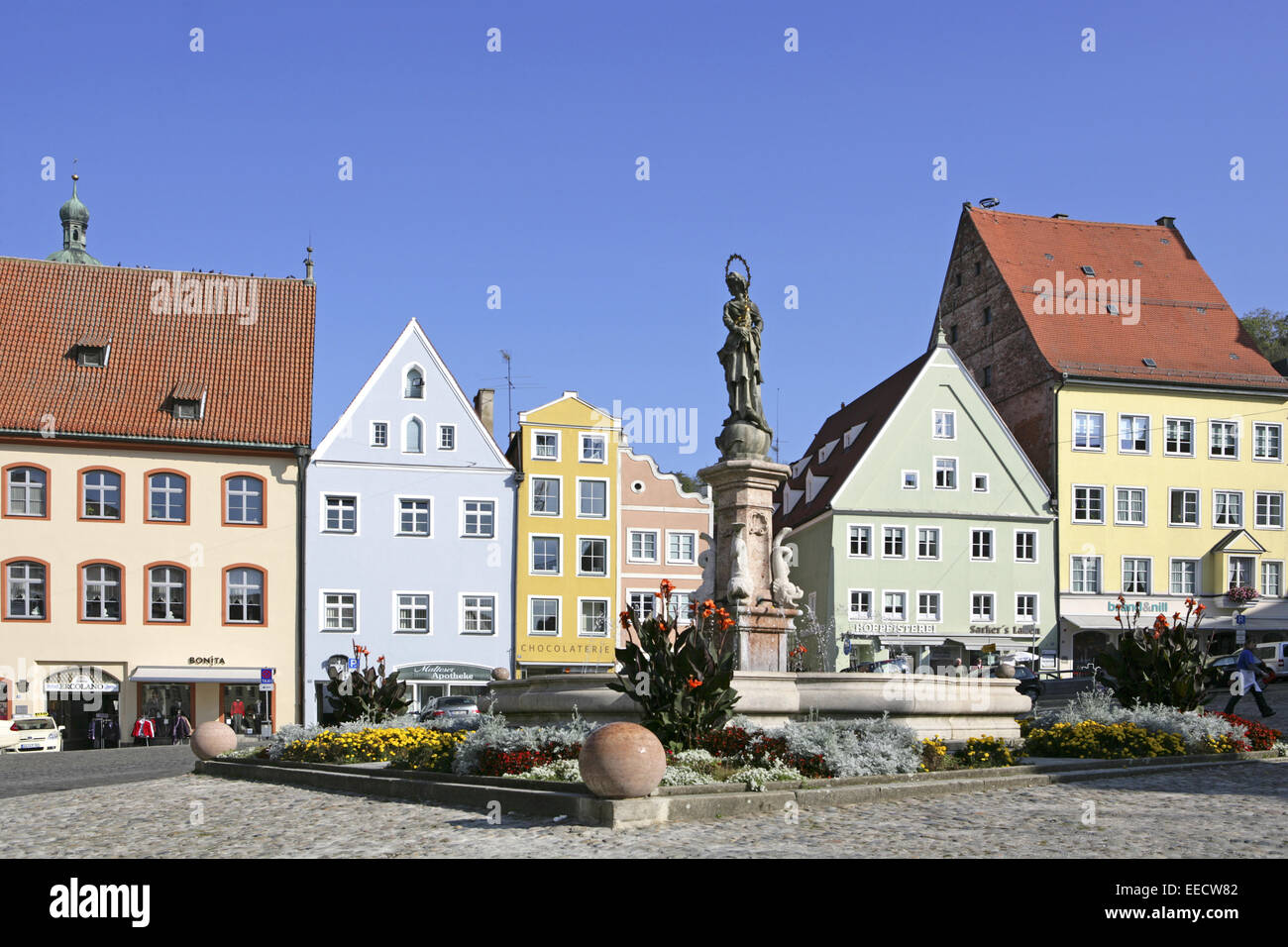 deutschland bayern landsberg am lech hauptplatz marienbrunnen stock photo royalty free. Black Bedroom Furniture Sets. Home Design Ideas