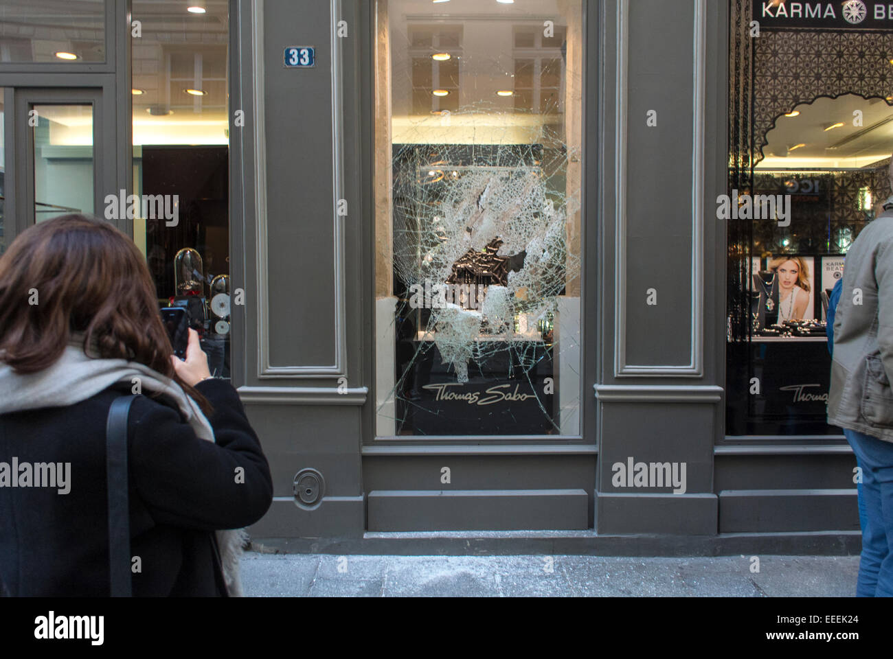 paris france crime scene on street attempted jewelry