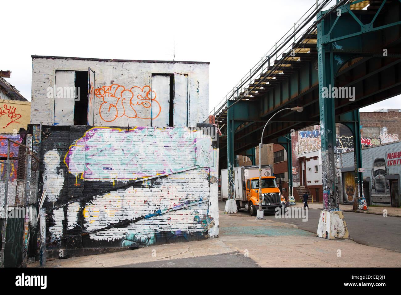 Graffiti wall in queens ny - Graffiti 5 Pointz Davis Street Neighborhood Of Queens New York Usa
