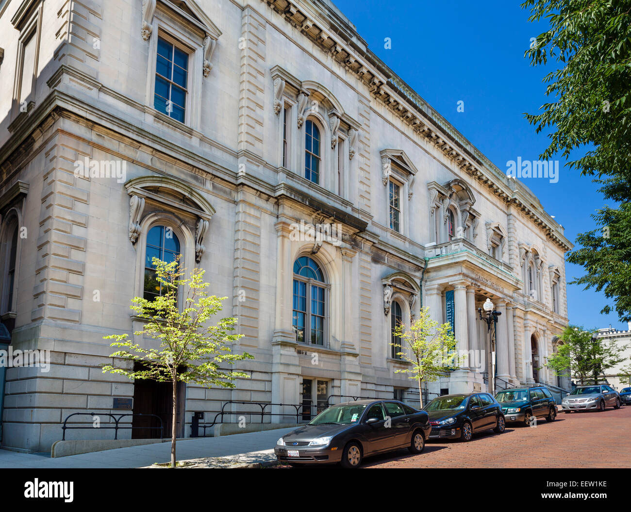 Interior Of The 19thc George Peabody Library Peabody Institute Stock Photo Royalty Free Image