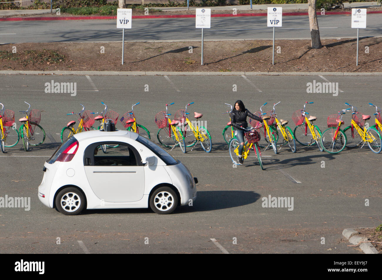autonomous-car-being-tested-in-silicon-v